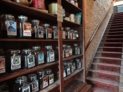 Patrons can get comfy on the Bourgeois Pig's classic antique furniture and choose from over 100 types of loose tea in this old fashioned café in Lincoln Park.