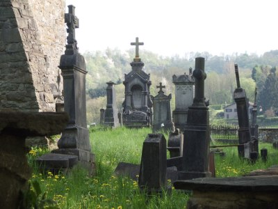 Before the 19th century, physicians sometimes had to resort to grave robbing to get cadavers for anatomical research. Ruben Holthuijsen/Flickr