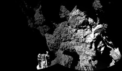 """A picture of the surface of Comet 67P/Churyumov-Gerasimenko, taken by Philae's CIVA camera. One of Philae's three """"feet"""" can be observed in the foreground to the left. Source: NASA."""