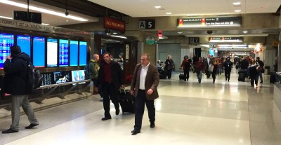 Passengers at Philadelphia Int'l Airport Dec 11 Janel Forte/Medill Reports